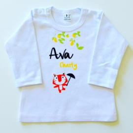 Tshirt met opdruk van het geboortekaartje