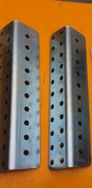 hoekbeugels per 2. universeel voor elk type poortopener.  Onmisbaar voor openslaande garagedeuren en veel houten poorten.
