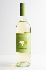 Grüner Veltliner, Welschriesling, Burgenland Weiss, Meinklang,  Oostenrijk. Biodynamische wijn.