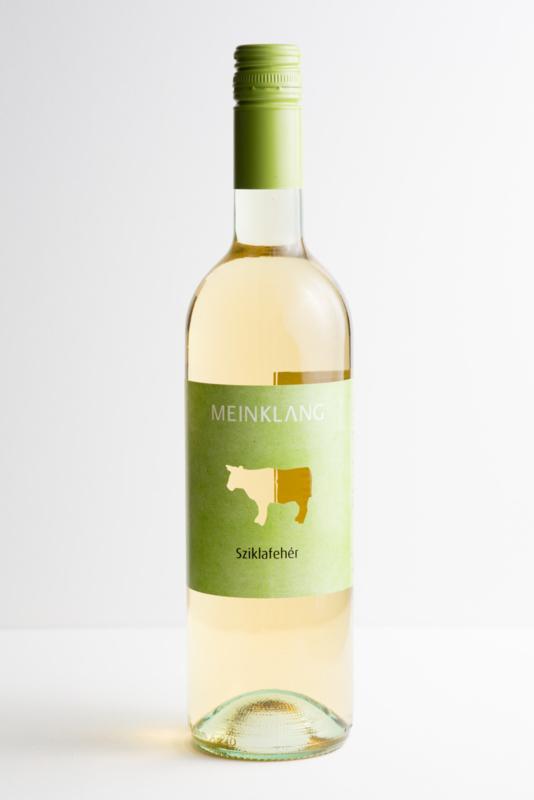 Sziklafeher Meinklang, Somlo Hongarije/ Oostenrijk. Biodynamische wijn.
