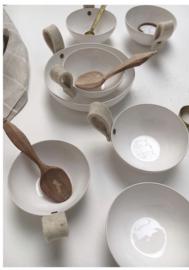 Ceramiek schaal met vilten lus