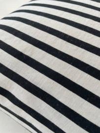 Gestreept zwart grijs 60x60