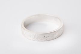 Zilveren tekstring