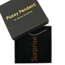 Pussy Pendant Brown