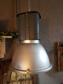 Fabrieklamp 003