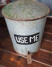 Afval emmer metaal