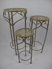 Ijzeren bijzet tafeltjes set van drie