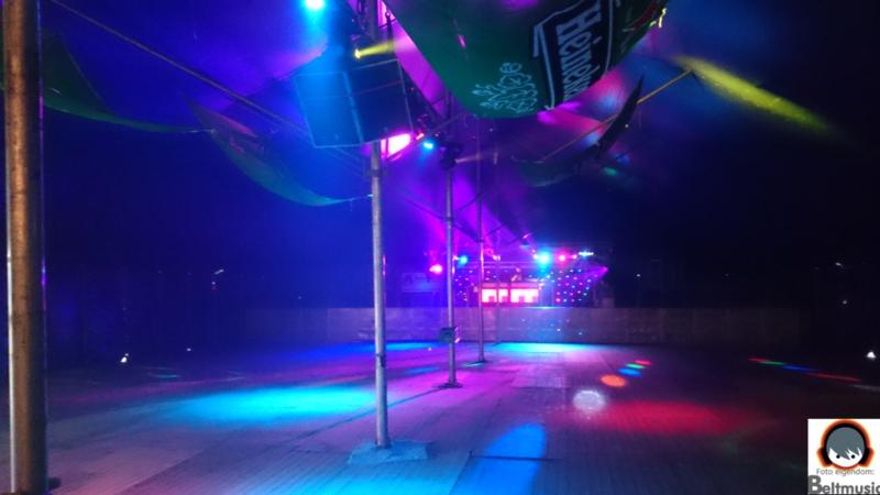 XXL disco (klik op foto voor info)