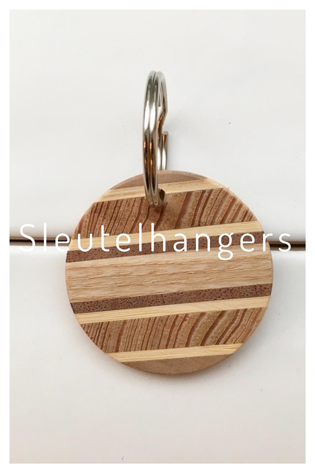 Sleutelhanger van hout Studio Mooibos
