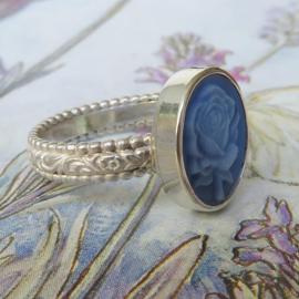 Zilveren ring Rosalie met roos cameo