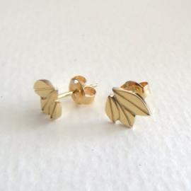 Gouden blaadjes oorstekers