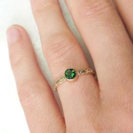 Gouden ring Paisley met chroomtourmalijn