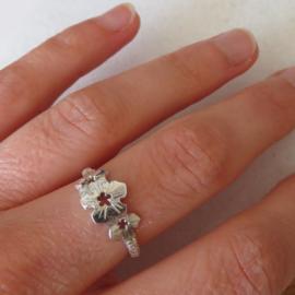 Zilveren ring Flore
