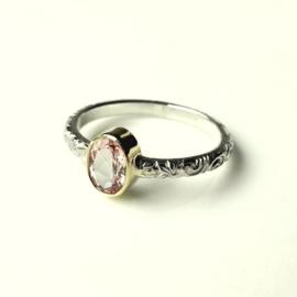 Zilveren ring Paisley met ovale facet geslepen morganiet