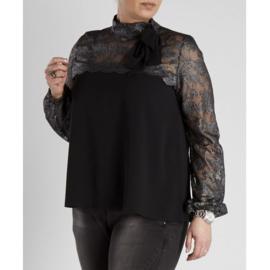 Zoey blouse met kanten kraag en strik