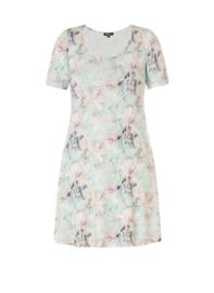 Ivy Bella luchtige jurk zacht mint.