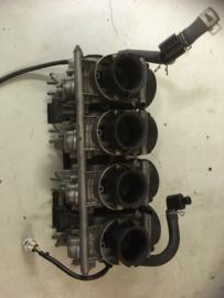Carburateurs van een Yamaha YZF R6 , gebruikt onderdeel van sloop motor