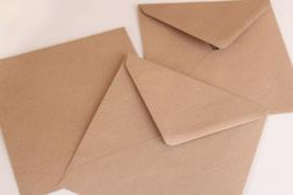 Kraft envelop vierkant
