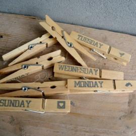 Knijpers voor alle dagen van de week in zakje