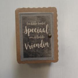 Soap in a box    Een dikke knuffel speciaal voor mijn vriendin