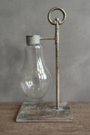 Metalen ornament met glas