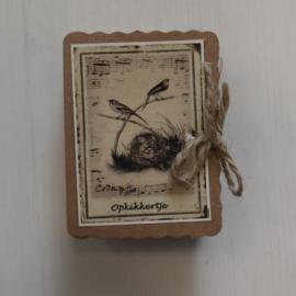 Soap in a box || opkikkertje