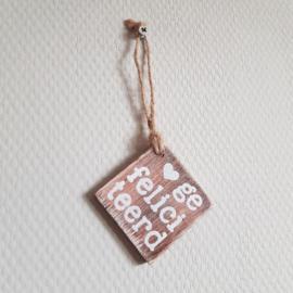 Houten label gefeliciteerd || 6 x 6 cm