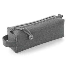 Essential pencil/accessory case (etui)