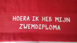 ARTG handdoek met opdruk (hoera ik heb mijn zwemdiploma...)