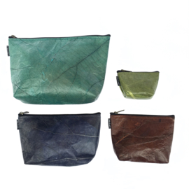 Make-up Tas Teak Leaf