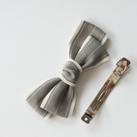 Addie bow - grey - french clip