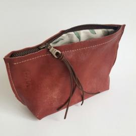 Etui OLD Fashion Rood / groen blad