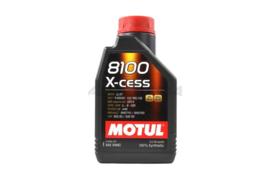 Motul X-Cess 8100 SAE 5W40 motorolie 1L