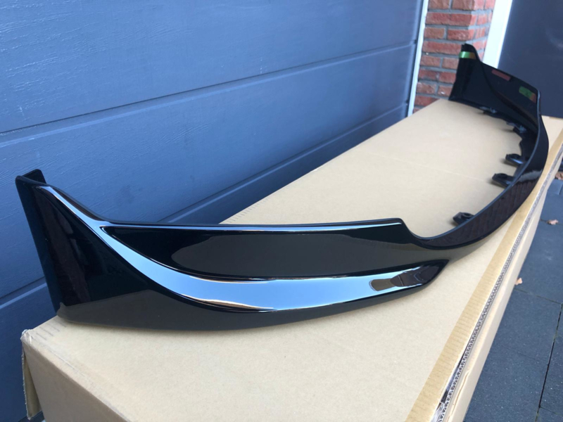 Voorlip spoiler facelift Berlina black (04-09)