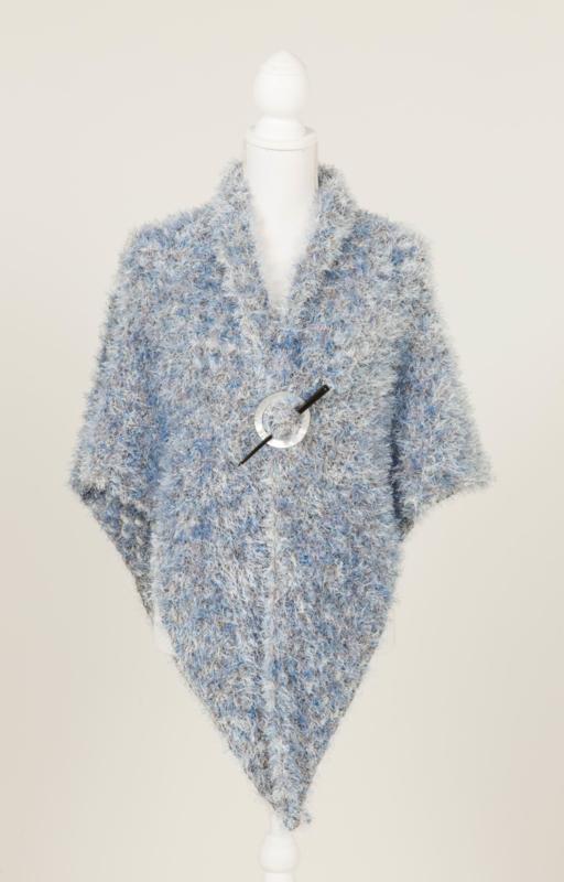 Omslagdoek met 'bont-uitstraling' in lichtblauw met beige(OD-06)
