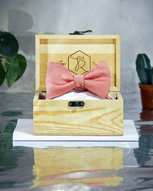 Vlinderdas Classic Royal Vintage Pink