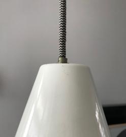 Vintage witte metalen hanglamp