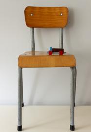 Industrieel stoeltje, vintage