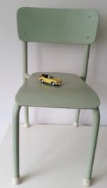 Vintage stoeltje,  Lindegroen