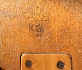 Vintage schoolstoeltje,  Schilte