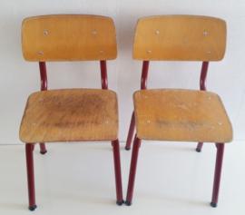 Vintage schoolstoeltje
