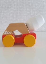 Houten betonauto