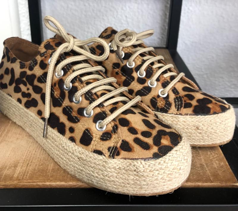 Sneaker met luipaard-print