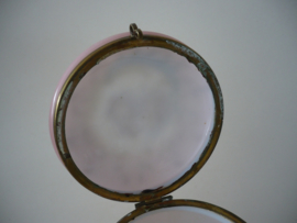 Poederdoos antiek zeer zeldzaam (enig stuk unica)