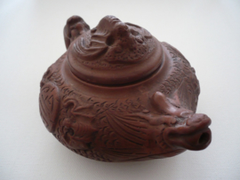 Chinees theepot, terracotta uit Yixing