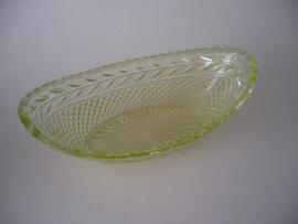 Brood schaaltje van uranium glas, zeldzaam