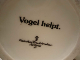 """Porselein busje """"Hypericum Perforatum"""", Plateelbakkerij Schoonhoven."""