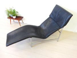 vintage TORD BJÖRKLUND SKYE fauteuil ligstoel leer chroom IKEA
