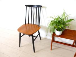 vintage stoel spijlenstoel jaren 50 Tapiovaara pastoe stijl