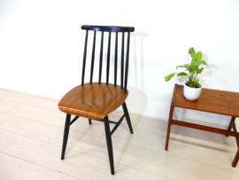 retro vintage stoel spijlenstoel jaren 60 Tapiovaara pastoe stijl
